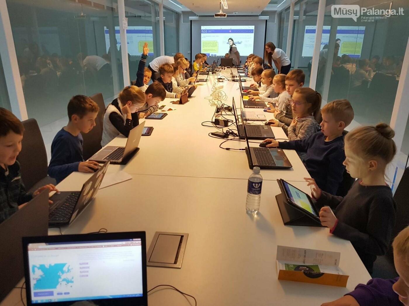 Per Lietuvą nuvilnijo Šimtmečio programavimo valanda, nuotrauka-2