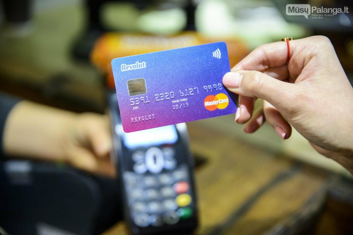 """""""Revolut"""" vartotojai jau gali išmaniajame pirkti ir keisti bitkoinus, laitkoinus ir eterį, nuotrauka-2"""