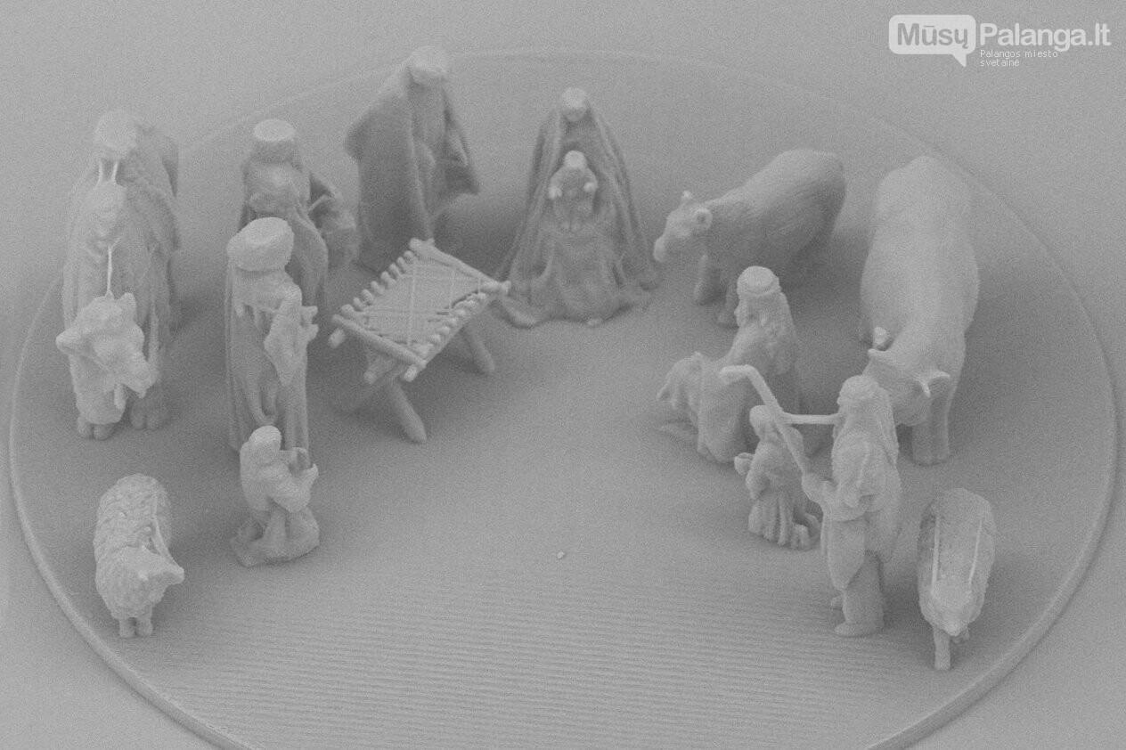 Vilniaus mokslininkai pasauliui pristatė mažiausią pasaulyje Kalėdų prakartėlę, nuotrauka-3