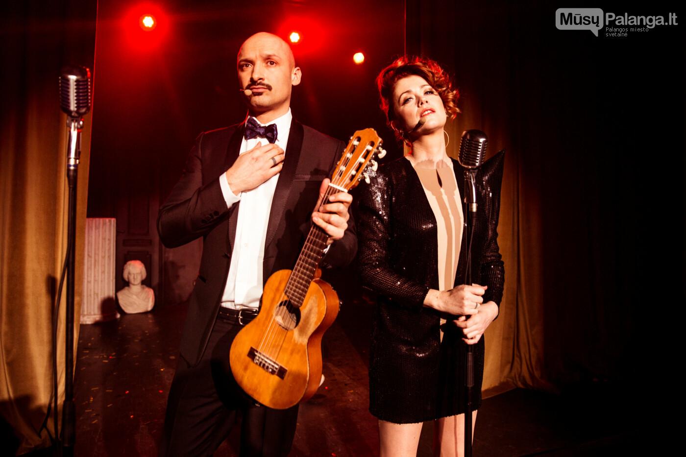 """Pamatykite Jurgio Didžiulio ir Ericos Jennings """"eurovizinės"""" dainos """"Sing!"""" vaizdo klipą, nuotrauka-1"""