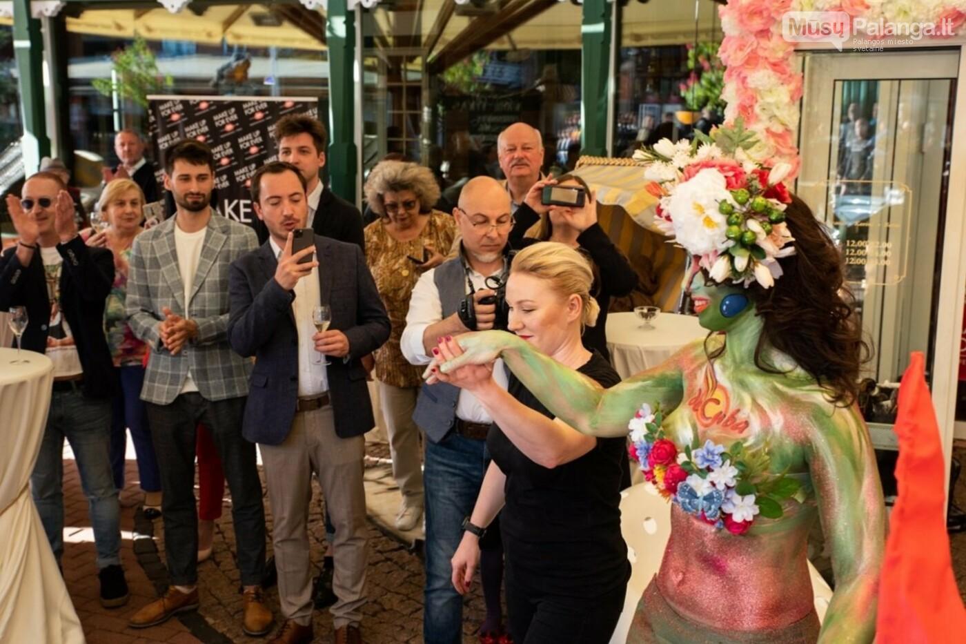 Žinomi žmonės rinkosi į Palangą: šventė restorano jubiliejų  , nuotrauka-15