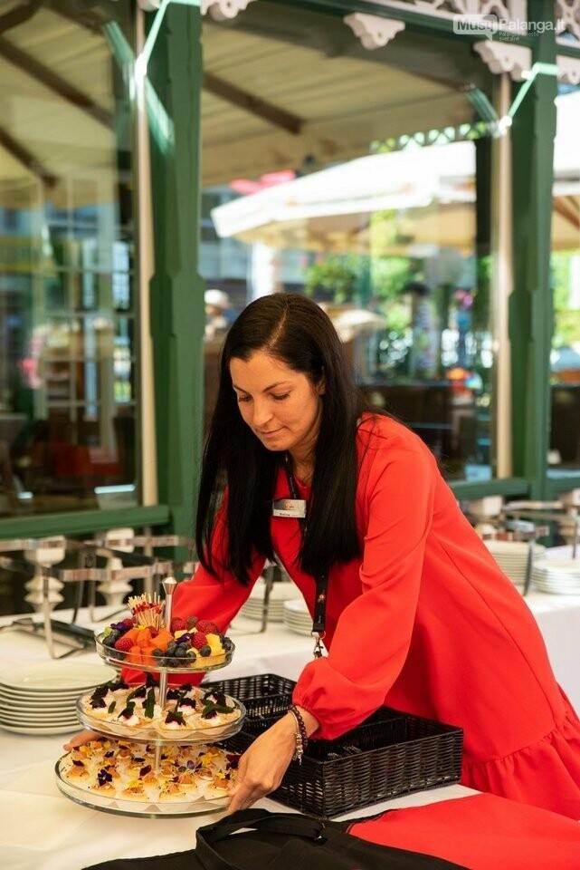 Žinomi žmonės rinkosi į Palangą: šventė restorano jubiliejų  , nuotrauka-28