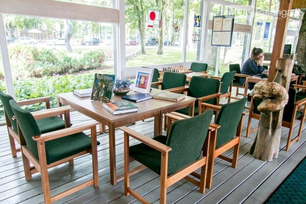 Duris atvėrusi Palangos vasaros skaitykla jau laukia lankytojų, nuotrauka-2