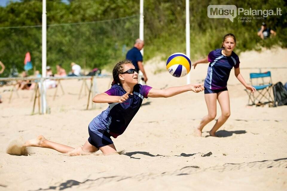Palangoje pasibaigus U-14 ir U-16 jaunimo paplūdimio tinklinio čempionatui emocijos dar nenuslūgo, nuotrauka-1, Mato Baranausko nuotr.