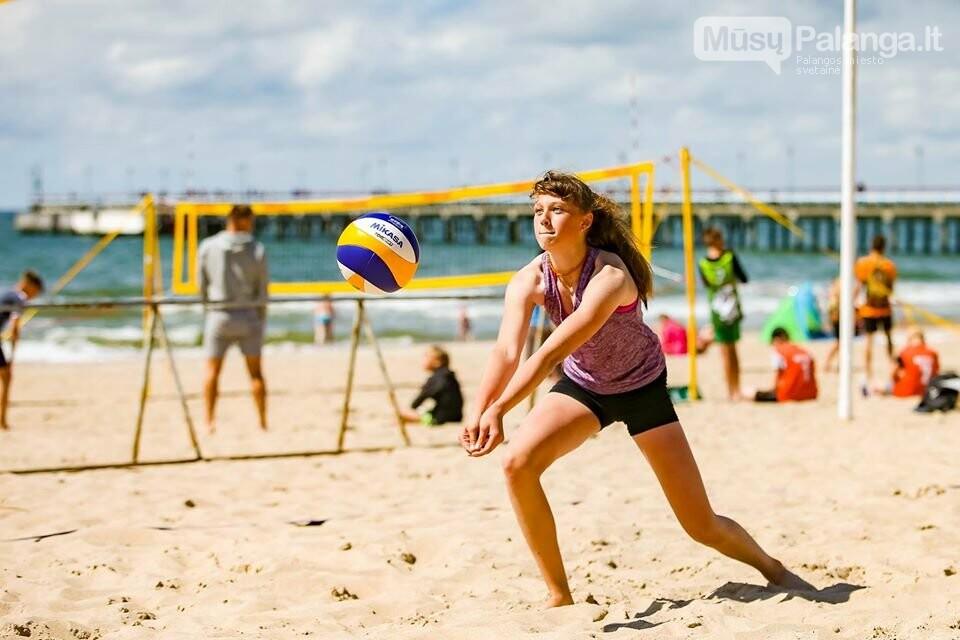 Palangoje pasibaigus U-14 ir U-16 jaunimo paplūdimio tinklinio čempionatui emocijos dar nenuslūgo, nuotrauka-2, Mato Baranausko nuotr.