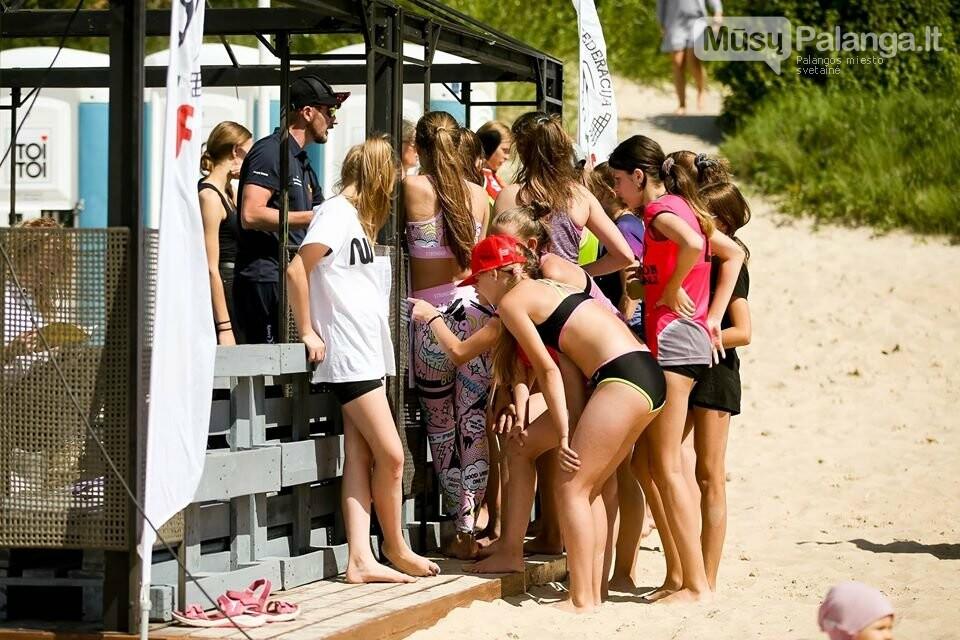 Palangoje pasibaigus U-14 ir U-16 jaunimo paplūdimio tinklinio čempionatui emocijos dar nenuslūgo, nuotrauka-21, Mato Baranausko nuotr.