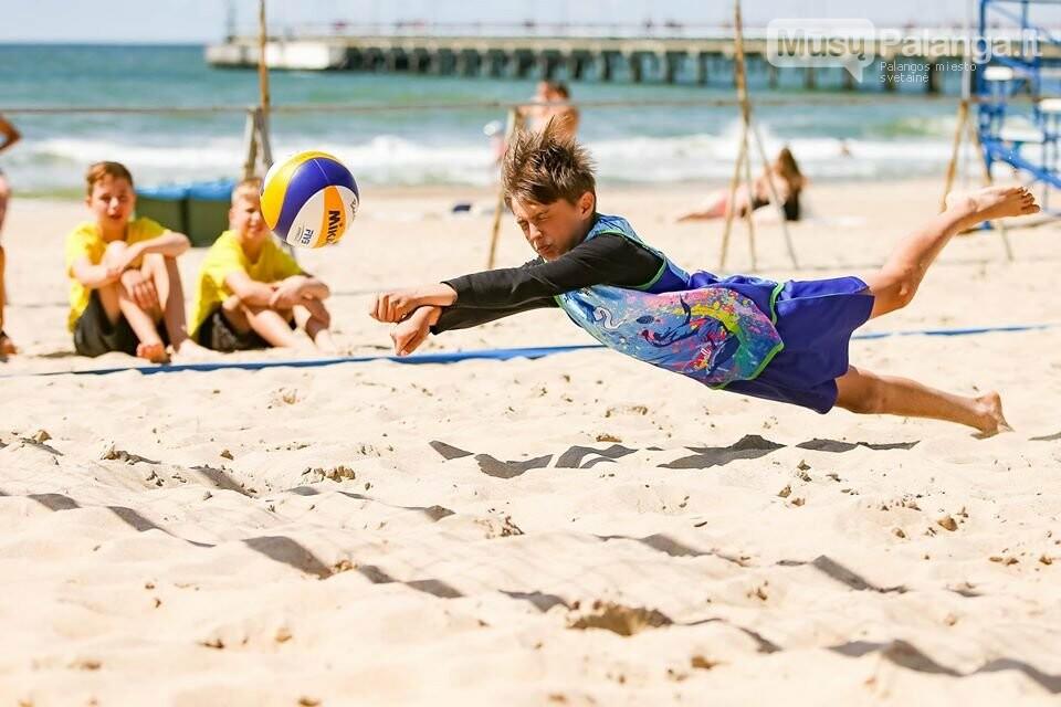 Palangoje pasibaigus U-14 ir U-16 jaunimo paplūdimio tinklinio čempionatui emocijos dar nenuslūgo, nuotrauka-28, Mato Baranausko nuotr.