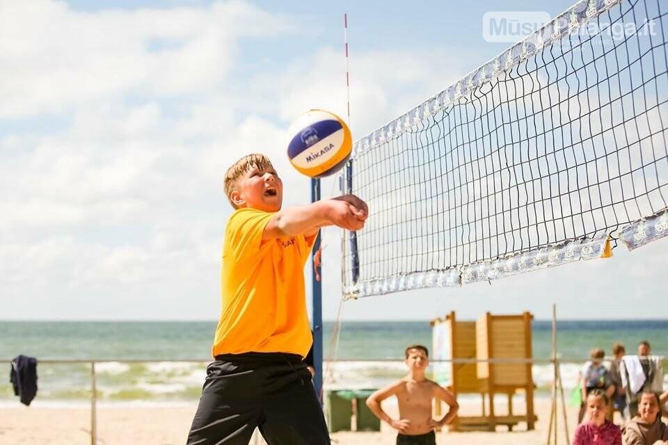 Palangoje pasibaigus U-14 ir U-16 jaunimo paplūdimio tinklinio čempionatui emocijos dar nenuslūgo, nuotrauka-35, Mato Baranausko nuotr.