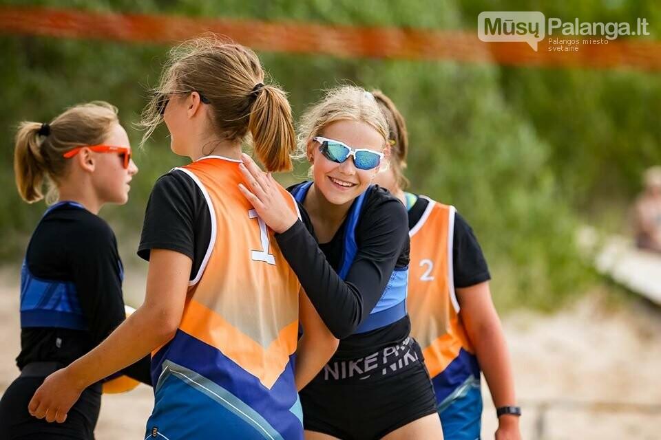 Palangoje pasibaigus U-14 ir U-16 jaunimo paplūdimio tinklinio čempionatui emocijos dar nenuslūgo, nuotrauka-47, Mato Baranausko nuotr.