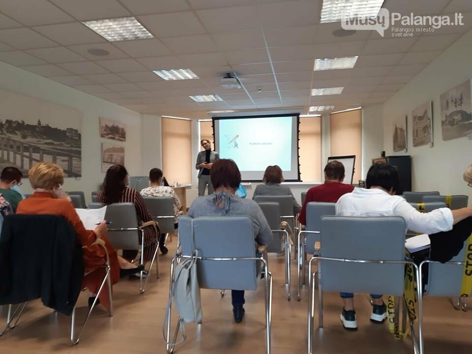 """Pirmasis projekto """"Kūrybinis žvilgsnis į rytojų"""" seminaras bibliotekininkams, nuotrauka-2"""