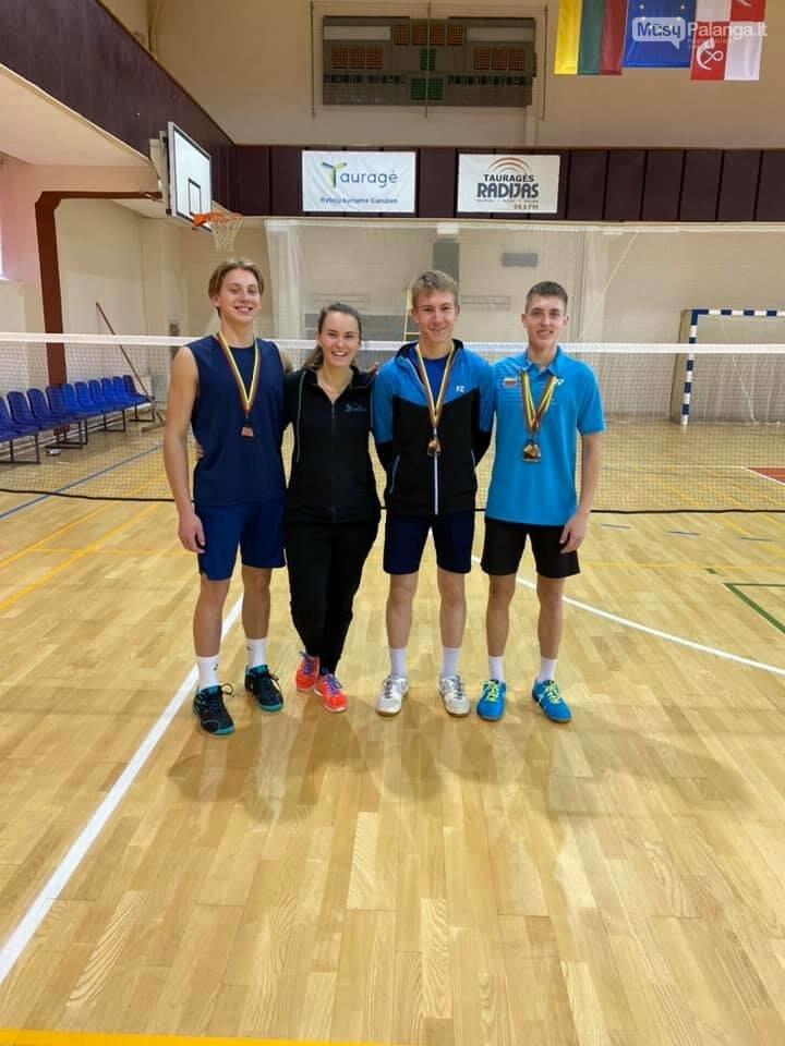 Iš Lietuvos jaunių iki 19 metų asmeninio badmintono čempionato Palangai parvežė sidabrą ir bronzą, nuotrauka-3