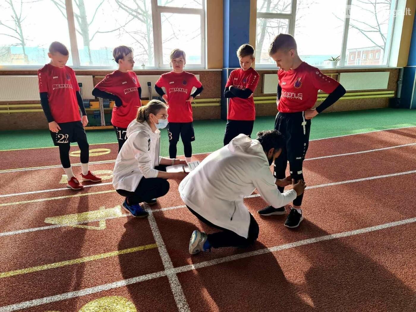 """Futbolo akademija """"Gintaras"""" pradeda bendradarbiavimą ir partnerystę su """"Dubey kineziterapija ir sportas"""" organizacija, nuotrauka-4"""