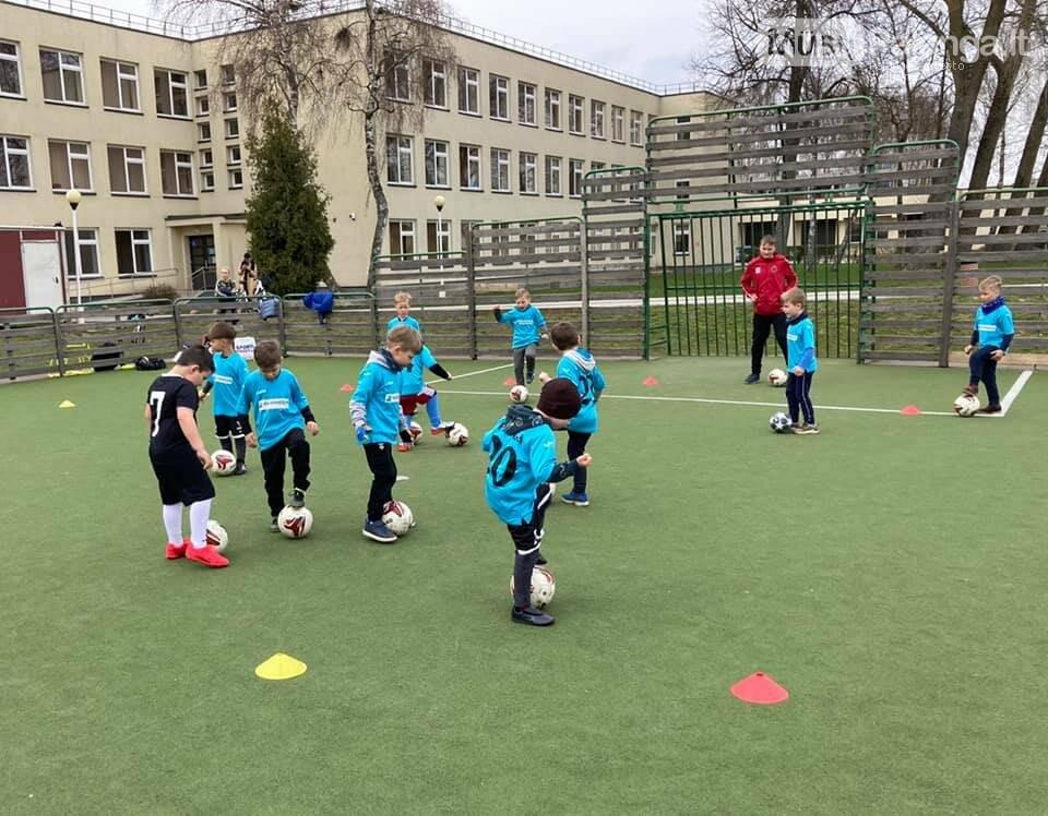 """FA """"Gintaras"""" papildė nauja 2015 m. vaikų futbolo grupė """"Karapūzai"""", nuotrauka-1"""