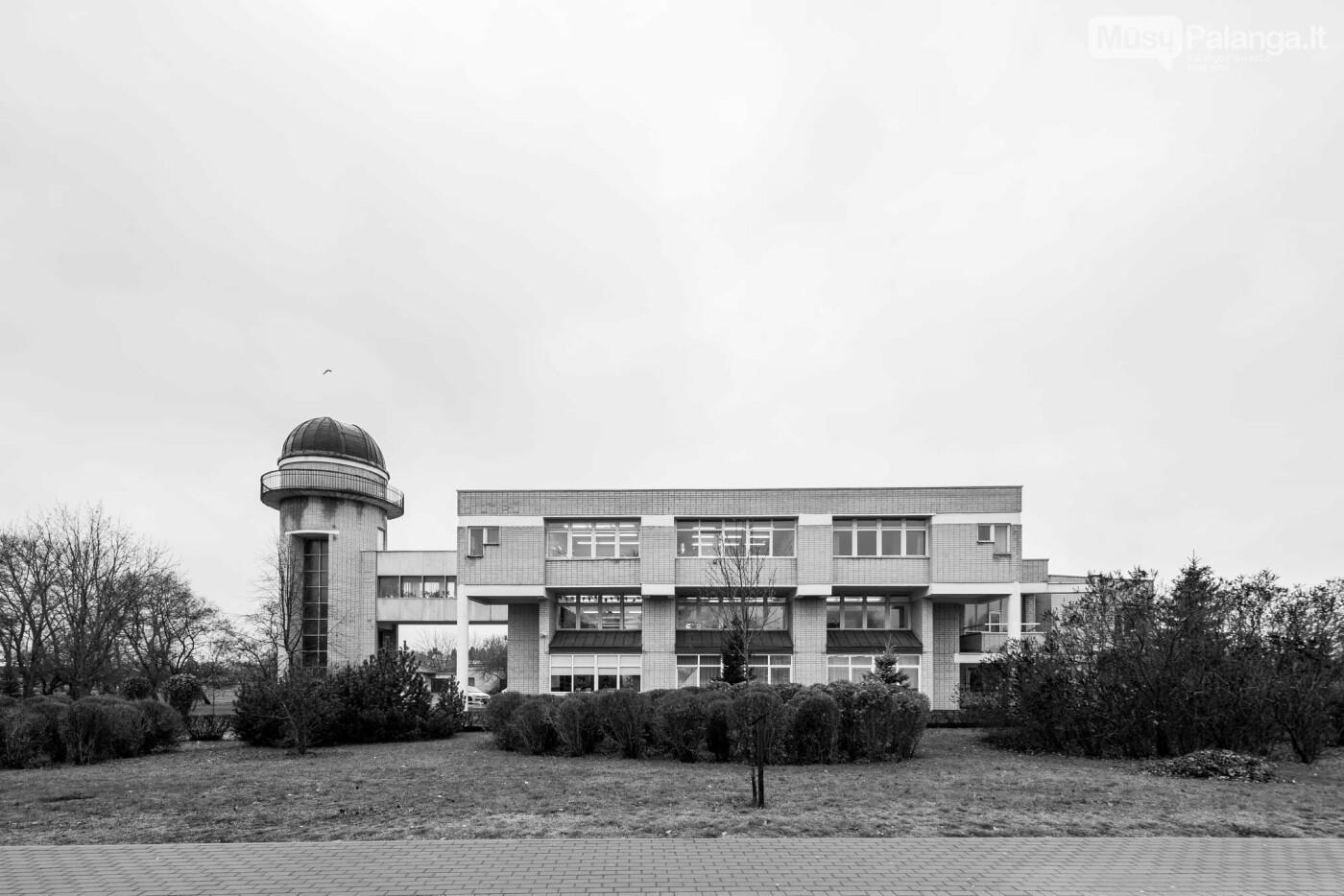 """Moksleivių namai Palangoje – dabar pradinė mokykla. Norberto Tukaj / leidyklos """"Lapas"""" archyvo nuotrauka"""