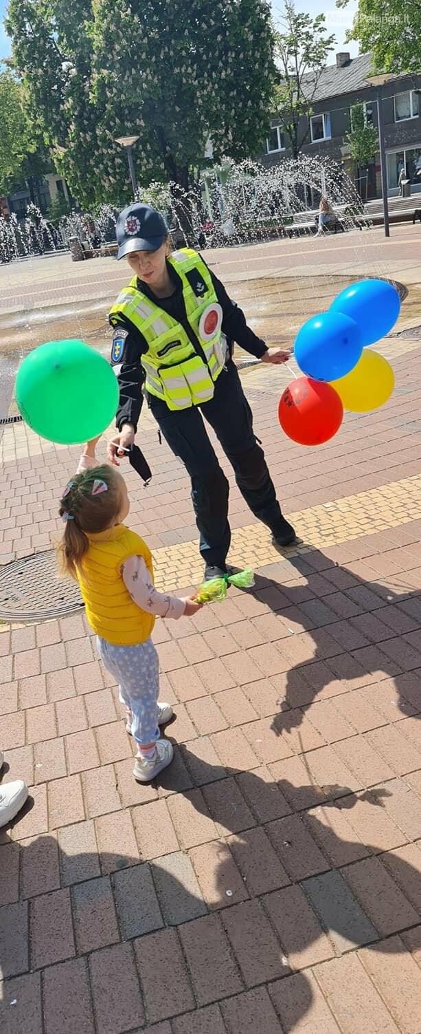 Tarptautinę vaikų gynimo dieną – pareigūnų sveikinimai mažiesiems, nuotrauka-4