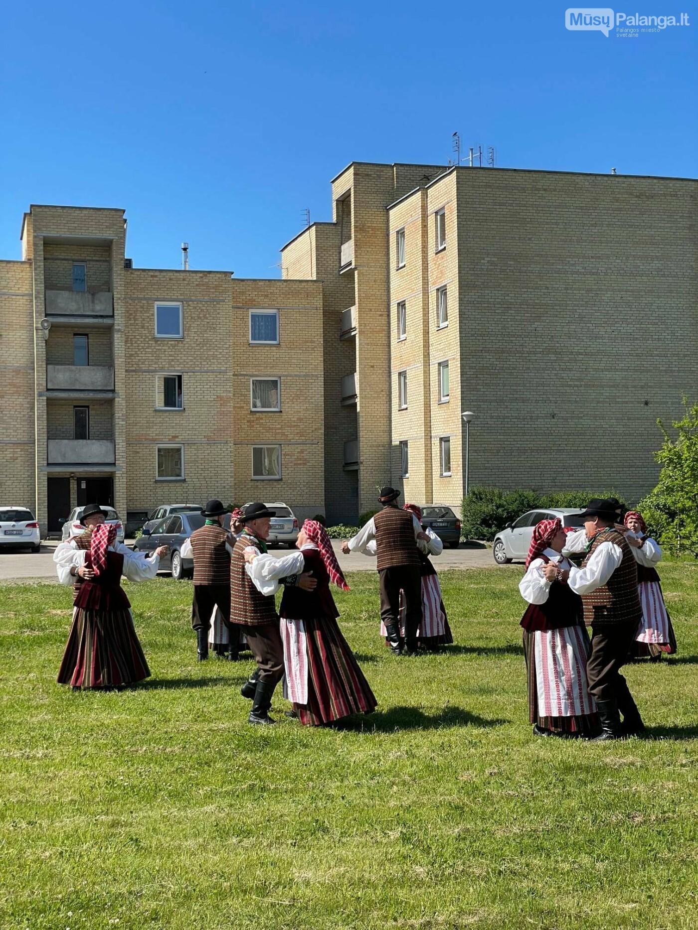 Netikėti bendruomenės susitikimai. Džiaugsmo kiemas, nuotrauka-16