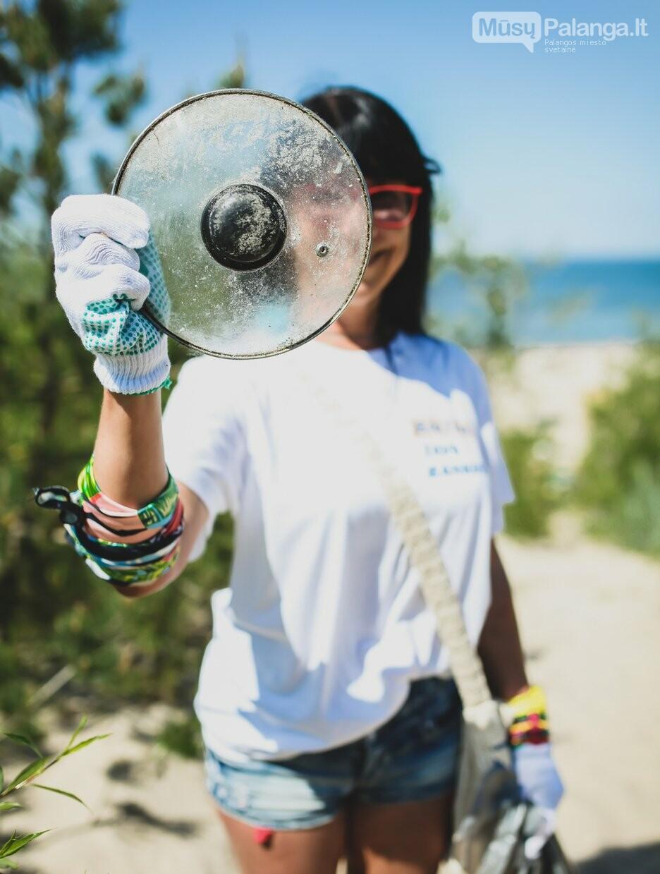 Žinomos moterys skatina šią vasarą švarinti Baltijos pajūrį: tarp kopose rastų šiukšlių – medicininės kaukės ir puodo dangtis, nuotrauka-5