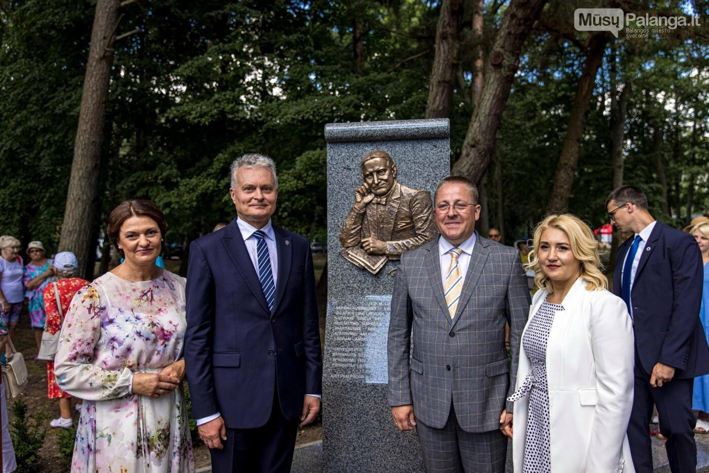 Skulptūros, skirtos Dž. J. Simpsonui ir Derybinei grupei dėl Palangos grąžinimo Lietuvai įamžinti, atidarymas, nuotrauka-2