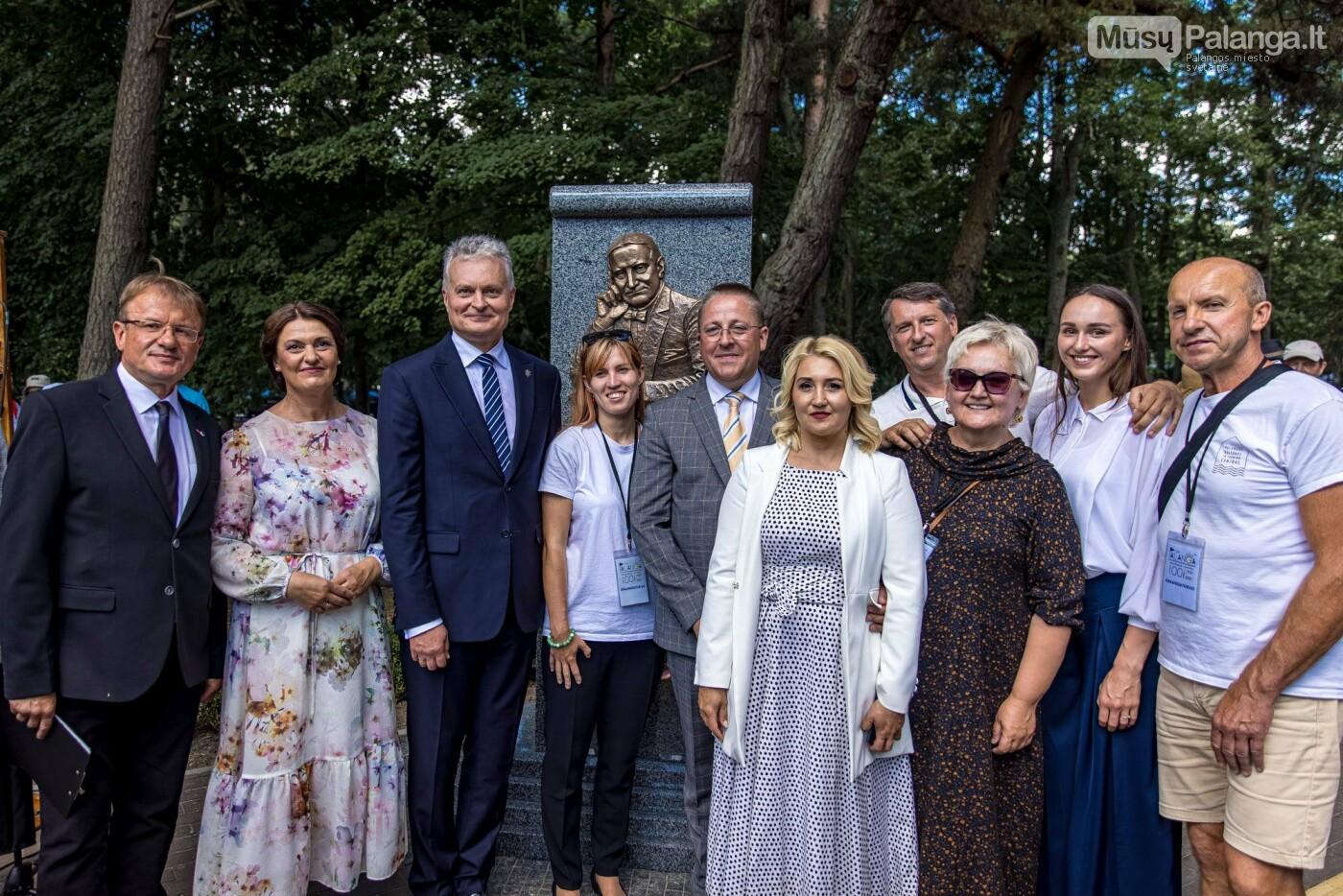 Skulptūros, skirtos Dž. J. Simpsonui ir Derybinei grupei dėl Palangos grąžinimo Lietuvai įamžinti, atidarymas, nuotrauka-3