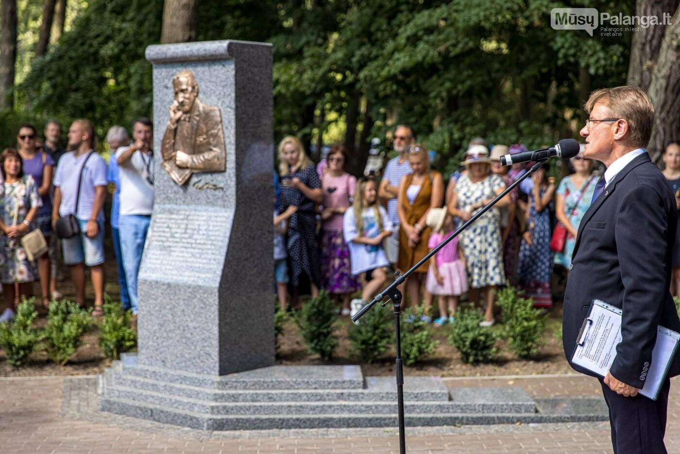 Skulptūros, skirtos Dž. J. Simpsonui ir Derybinei grupei dėl Palangos grąžinimo Lietuvai įamžinti, atidarymas, nuotrauka-6