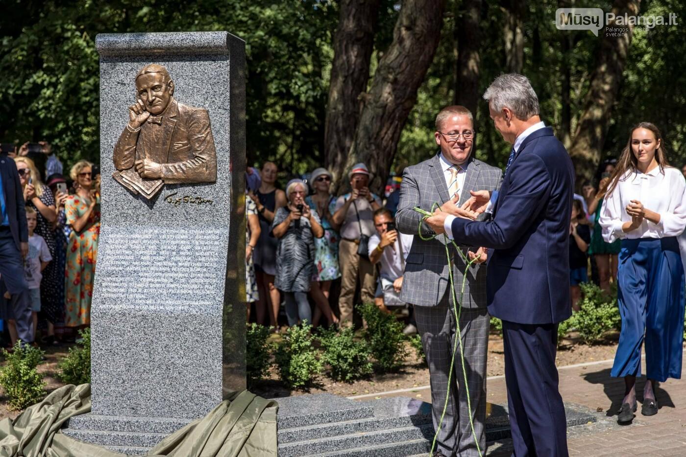 Skulptūros, skirtos Dž. J. Simpsonui ir Derybinei grupei dėl Palangos grąžinimo Lietuvai įamžinti, atidarymas, nuotrauka-12