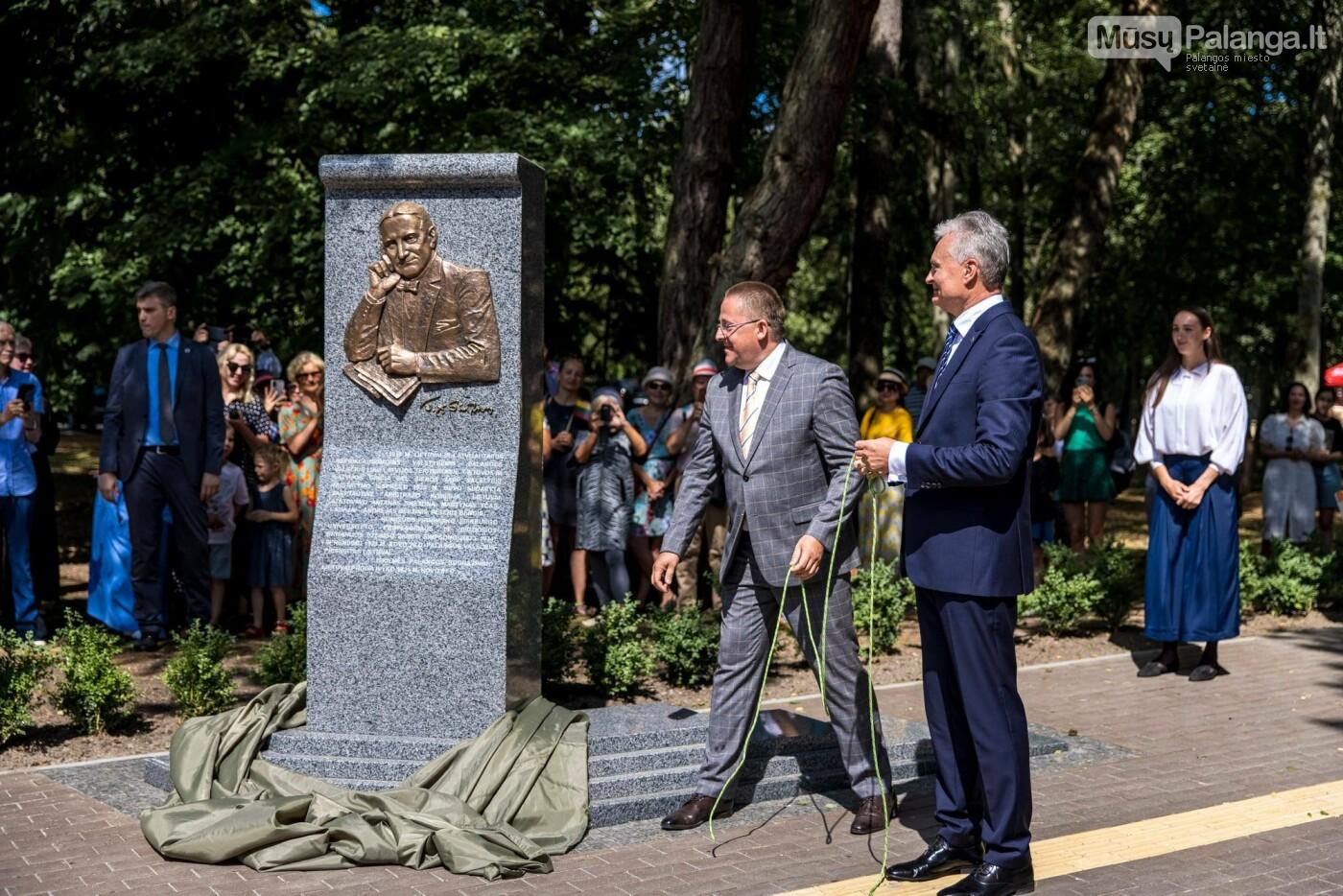 Skulptūros, skirtos Dž. J. Simpsonui ir Derybinei grupei dėl Palangos grąžinimo Lietuvai įamžinti, atidarymas, nuotrauka-32