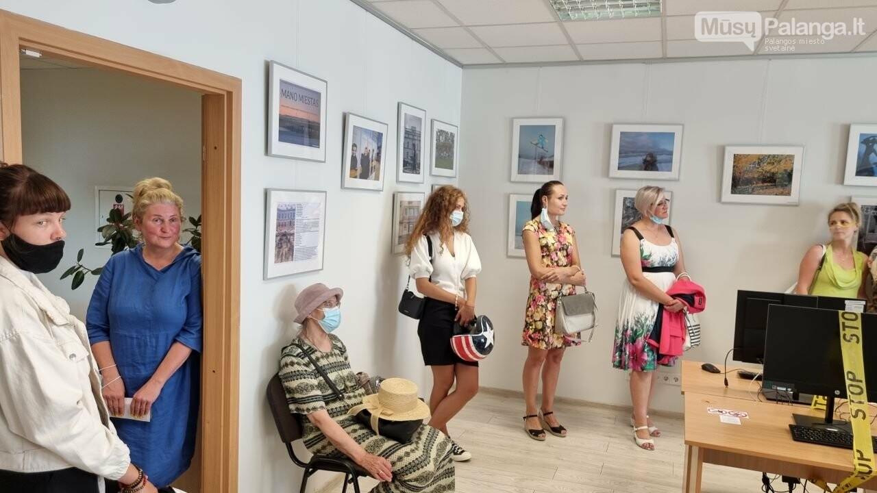 """Palangos senosios gimnazijos bendruomenės fotografijų parodos """"Mano miestas"""" atidarymas, nuotrauka-3"""