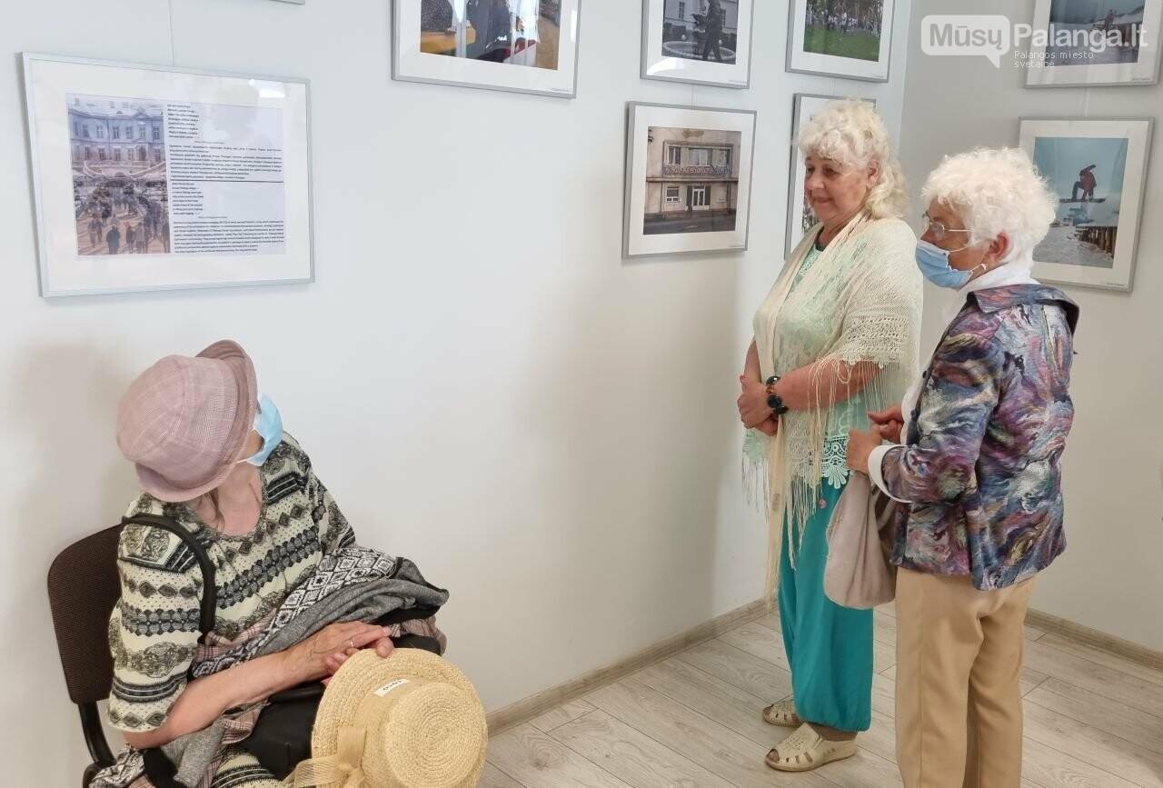 """Palangos senosios gimnazijos bendruomenės fotografijų parodos """"Mano miestas"""" atidarymas, nuotrauka-6"""