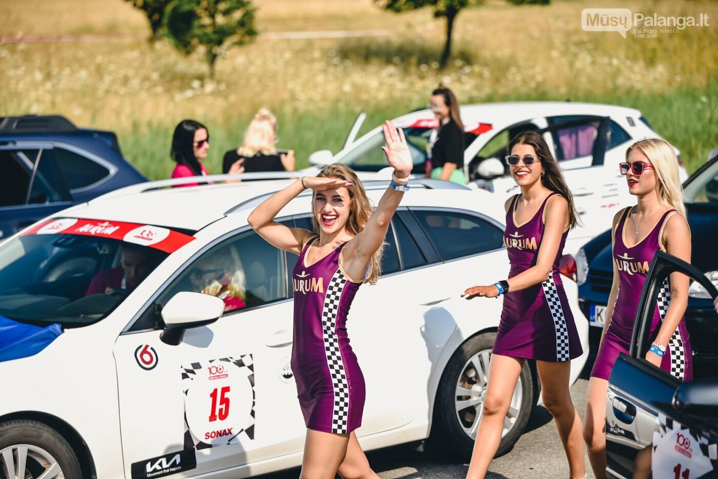 Žiūrovus žavėjo kilometrinė moterų iššūkio dalyvių kolona, nuotrauka-13, Vytauto PILKAUSKO ir Arno STRUMILOS nuotraukos