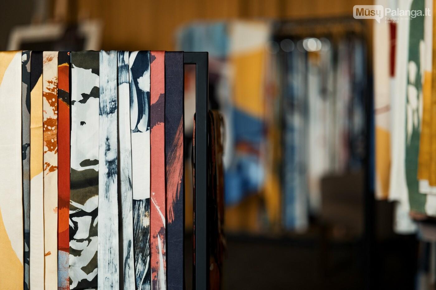 Didžiausia šilko kolekcija įsikurs Palangoje: kvies apžiūrėti neįprastu būdu, nuotrauka-11