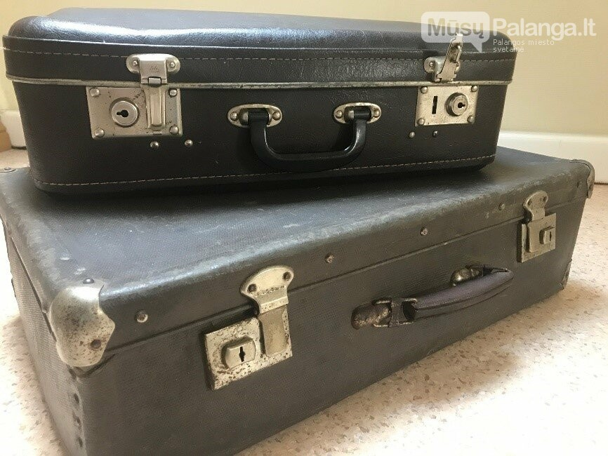 Pirmaisiais  dviem lagaminais projektui pasidalino klaipėdietė I. Urnikienė. Jie mena ne tik jos tėčio –  tremtinio P. Žukausko – istoriją, bet ir...