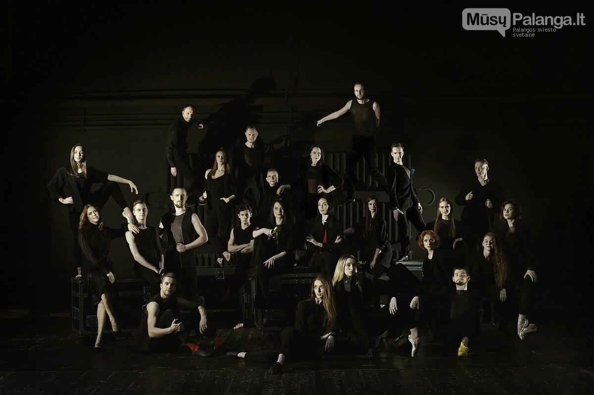 """KVMT baleto trupė ruošiasi S.Prokofjevo šokio spektaklio """"Romeo ir Džuljeta"""" premjerai.Olesios Kasabovos nuotr."""