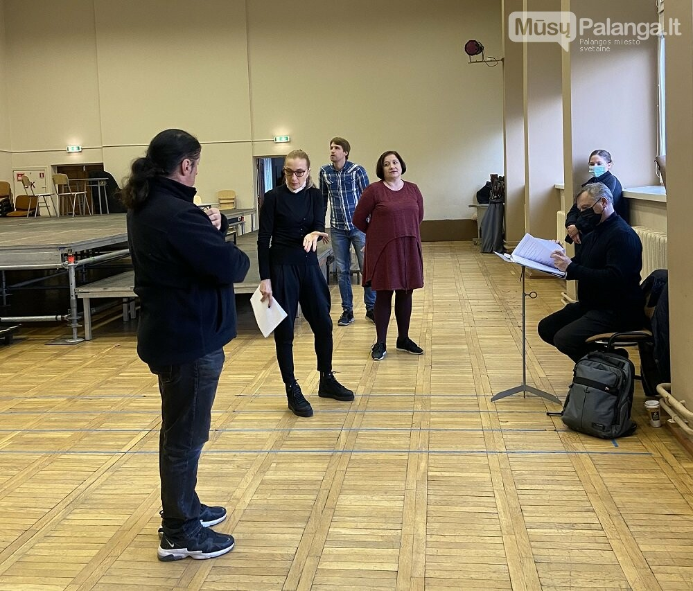 "Operos ""Pulko duktė"" repeticija su režisiere J.Sodytė ir dirigentu M.Staškumi., KVMT nuotr."