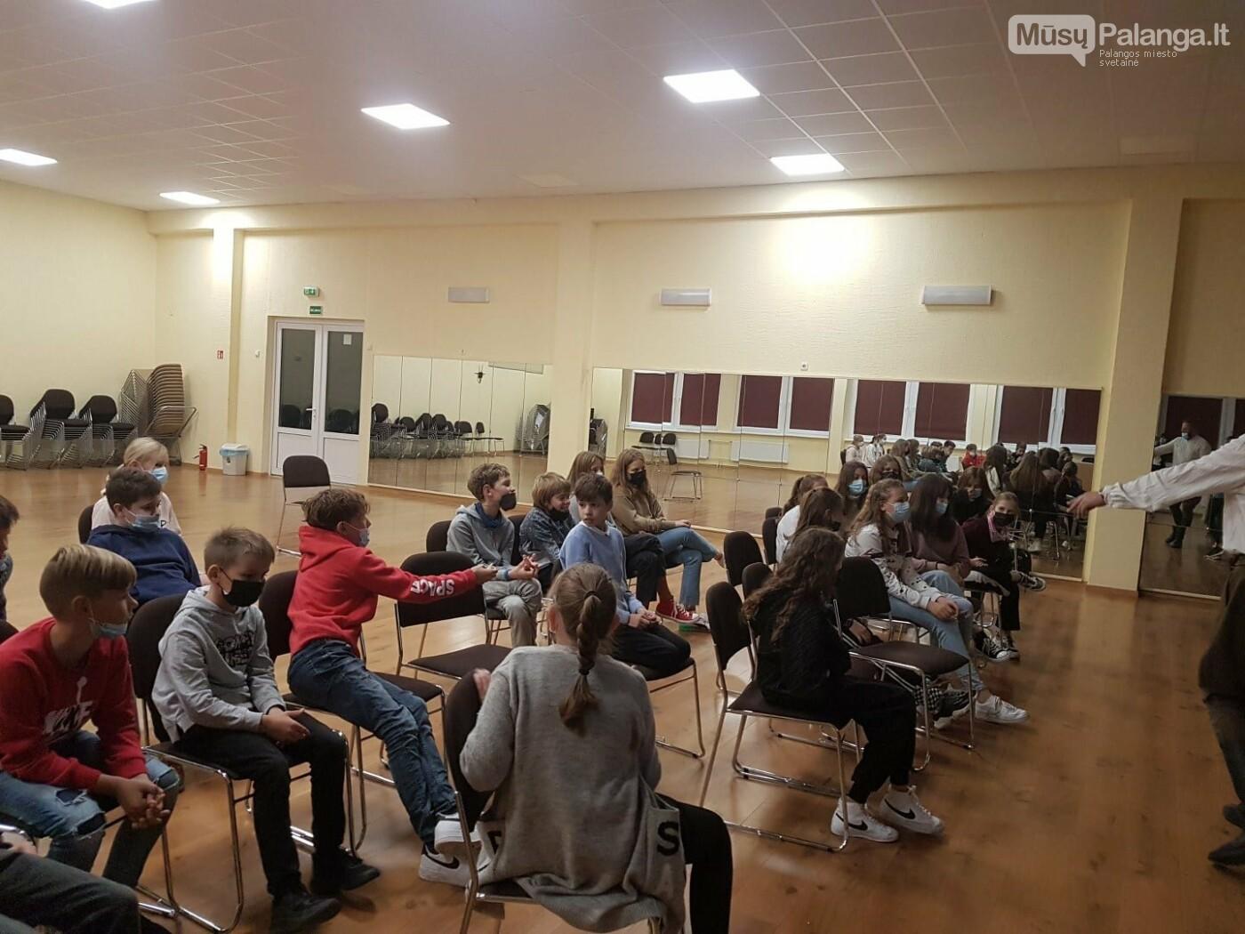 """""""Baltijos"""" pagrindinės mokyklos penktokai dalyvavo edukacijoje """"Miško brolių takais"""", nuotrauka-9"""