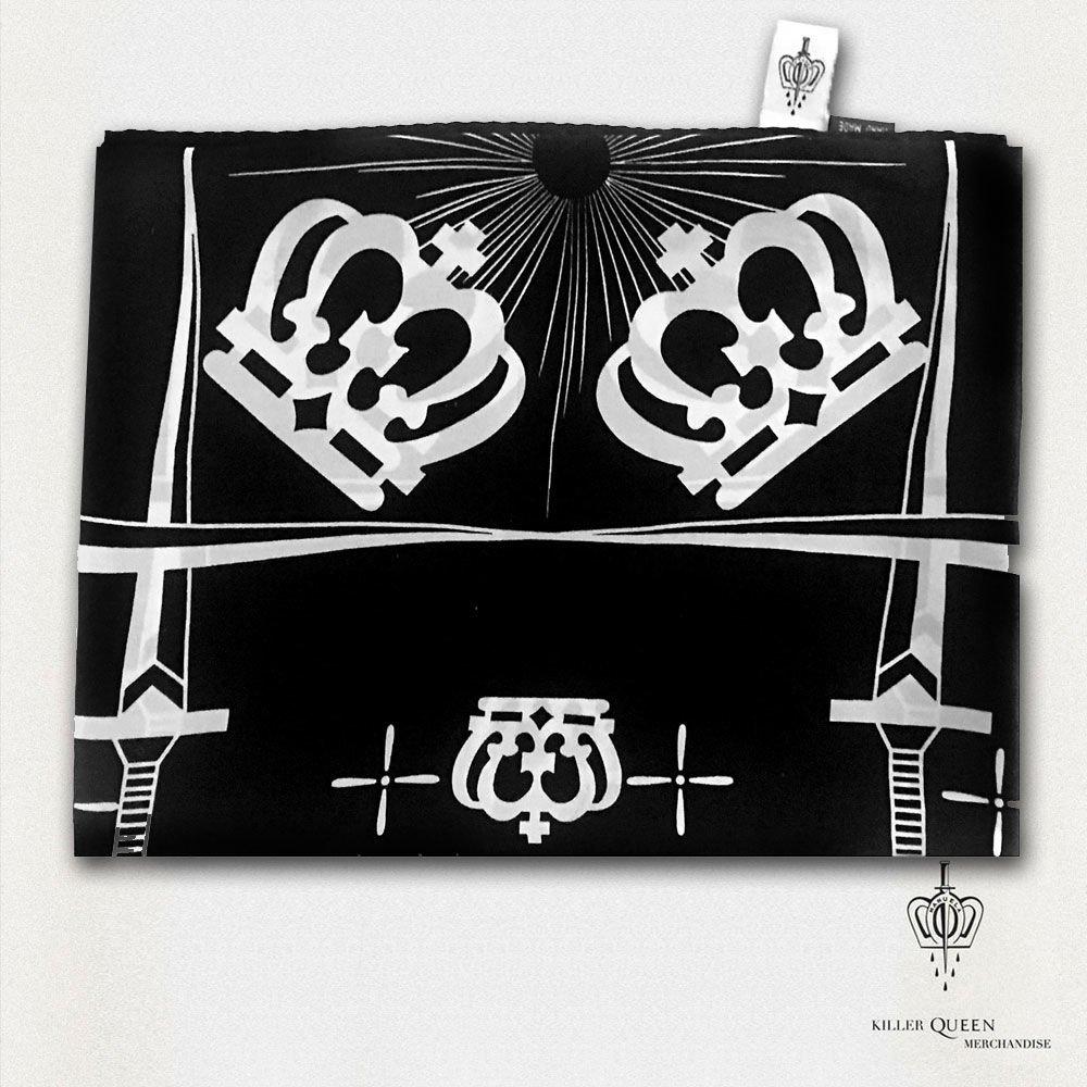 """Grupė """"Queen"""" ir garsi tatuiruočių meistrė pristatė išskirtinio dizaino kolekciją, nuotrauka-12"""