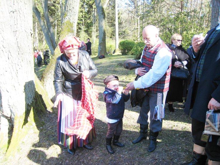 """Trisdešimtmečio sukaktį minintis folkloro ansamblis """"Mėguva"""" kviečia švęsti Jurgines (šventės programa), nuotrauka-4"""