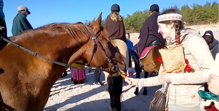 Palanga nuotaikingai švenčia Jurgines (vaizdo įrašas), nuotrauka-1