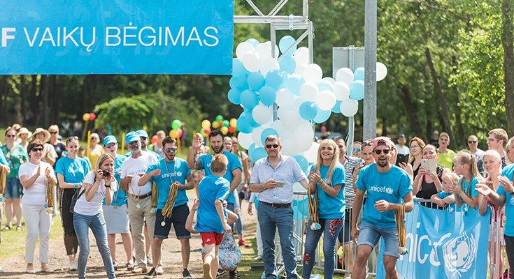 Pajūryje praūžė UNICEF vaikų bėgimai: dalyvių ir medalius teikusių žvaigždžių gausa , nuotrauka-1