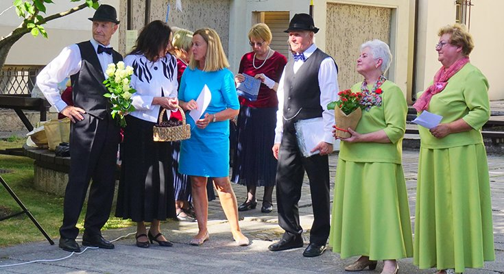 """Liūdėti nėra kada: kurorto senjorų šokių kolektyvas """"Jūrė"""" svečiavosi pas klaipėdiečius , nuotrauka-4"""