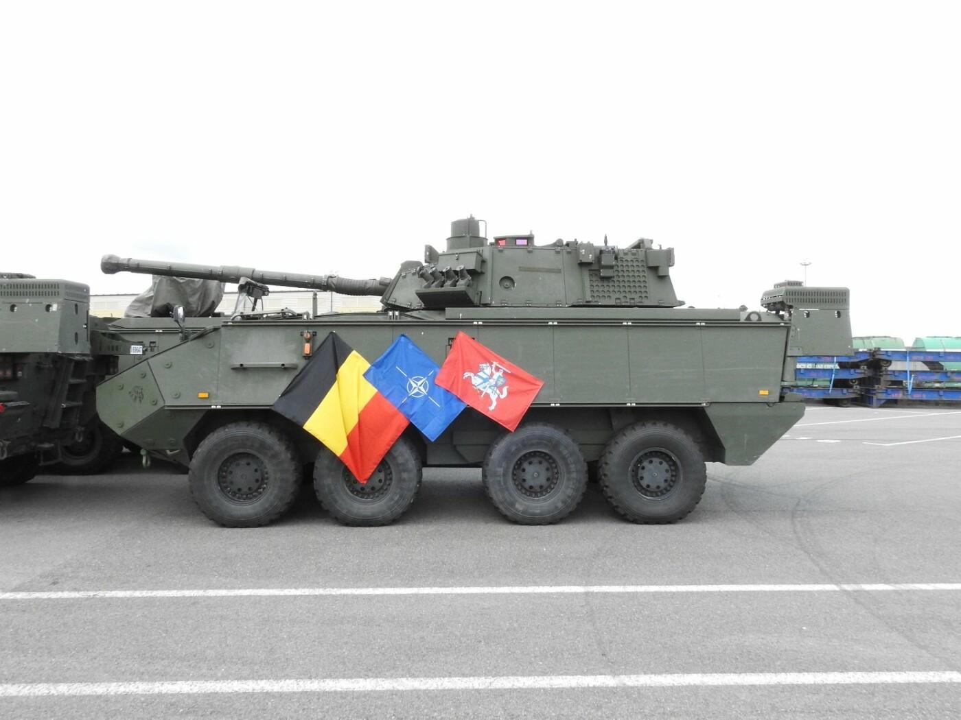 Belgijos kariuomenės konvojus pasipuošė Vyčiu , nuotrauka-2