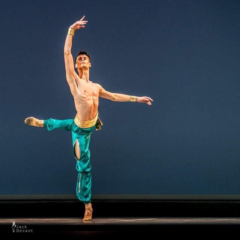 """Baleto šokėjas J.Laucius: """"Choreografas L.Massine – genijus, į kurio kiekvieną pastabą būtina įsiklausyti"""", nuotrauka-1"""