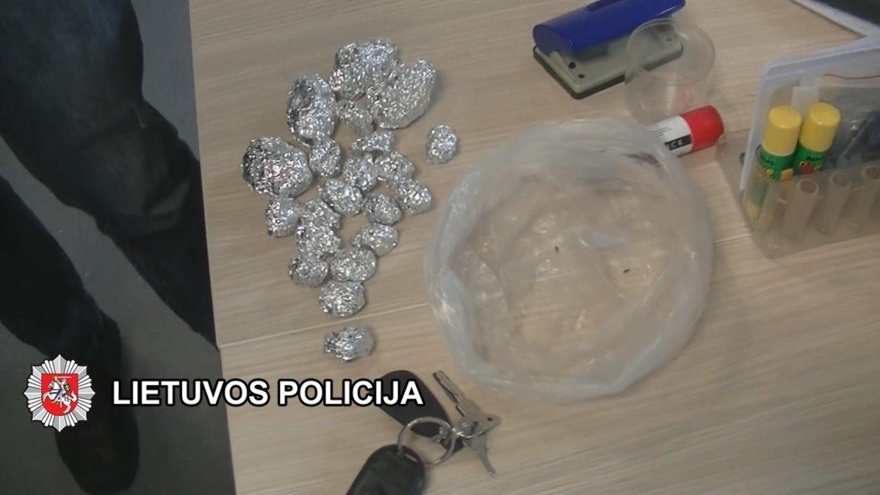 Klaipėdos kriminalistai baigė dar vieną kvaišalų platinimo tyrimą, nuotrauka-5