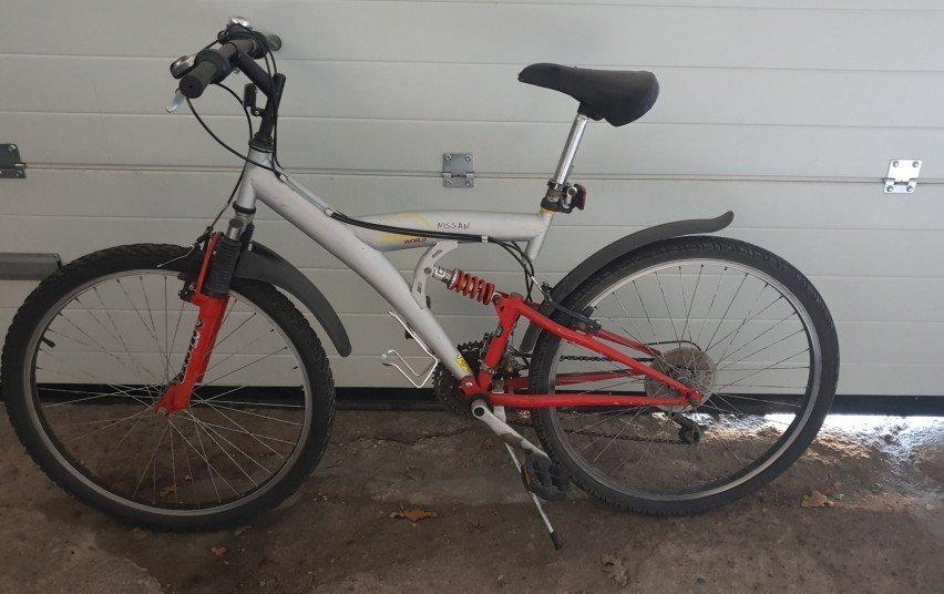 Ieškomi dviračių savininkai, nuotrauka-1