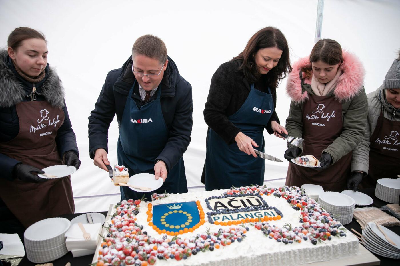 """2019-ųjų """"Ačiū"""" turo finišas Palangoje – su padėkomis, tortais ir akcijomis, nuotrauka-4"""