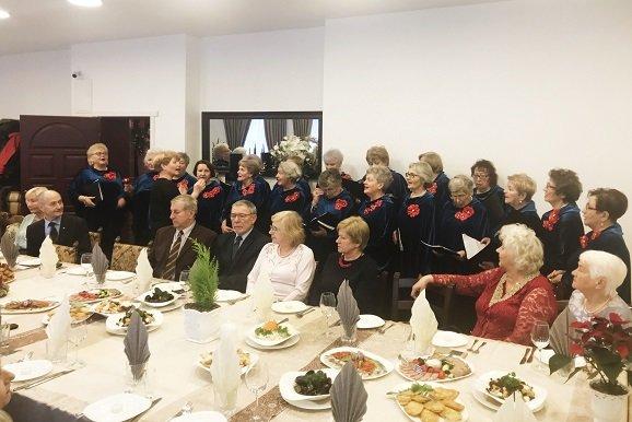 """Palangos pensininkų bendrija """"Bočiai"""" organizavo Advento vakaronę. Į ją susirinko didelis būrys senjorų., nuotrauka-1"""