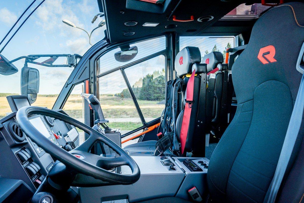 Palangos oro uoste pristatytas naujas priešgaisrinės tarnybos automobilis: analogišką techniką naudoja..., nuotrauka-9, Martyno Jaugelavičiaus nuotr.