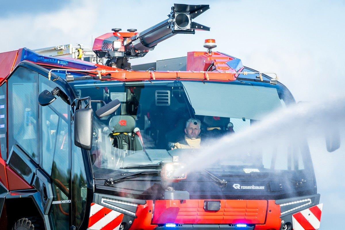 Palangos oro uoste pristatytas naujas priešgaisrinės tarnybos automobilis: analogišką techniką naudoja..., nuotrauka-10, Martyno Jaugelavičiaus nuotr.