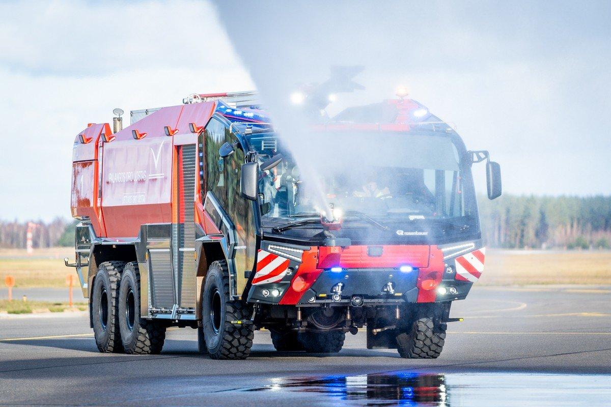 Palangos oro uoste pristatytas naujas priešgaisrinės tarnybos automobilis: analogišką techniką naudoja..., nuotrauka-11, Martyno Jaugelavičiaus nuotr.