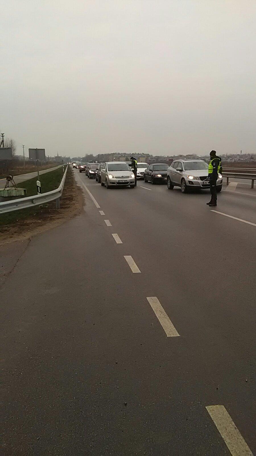Tikrinant vairuotojų blaivumą Palangoje – 12 neblaivių vairuotojų, nuotrauka-1