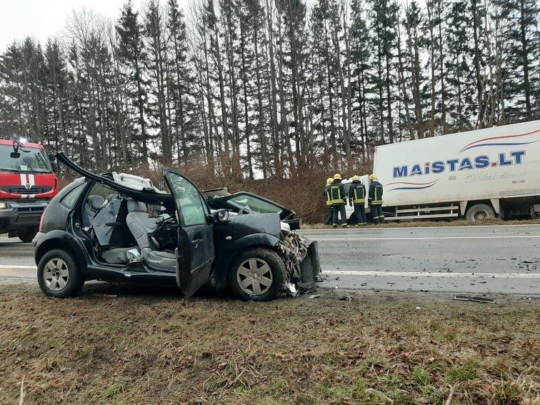 Auto įvykis ant viaduko kelyje Kretinga – Palanga. Slidu būkite atsargus!, nuotrauka-8, Ritos Nagienės nuotr.